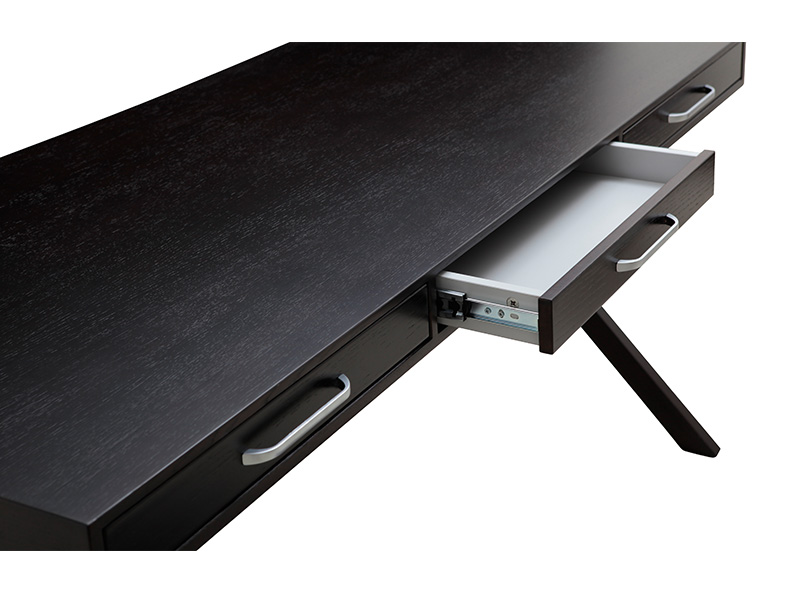Rosette-Desk-3.jpg